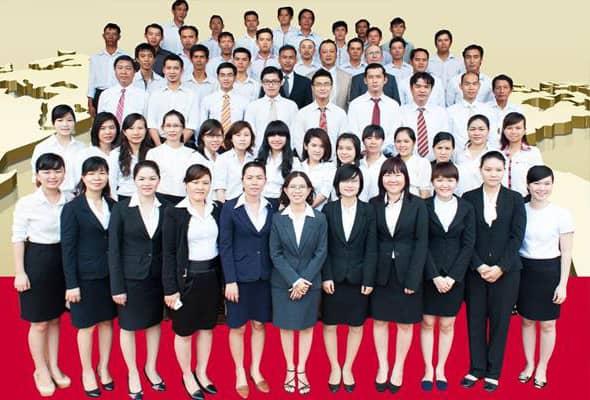 Đội ngũ nhân viên biên dịch và công chứng