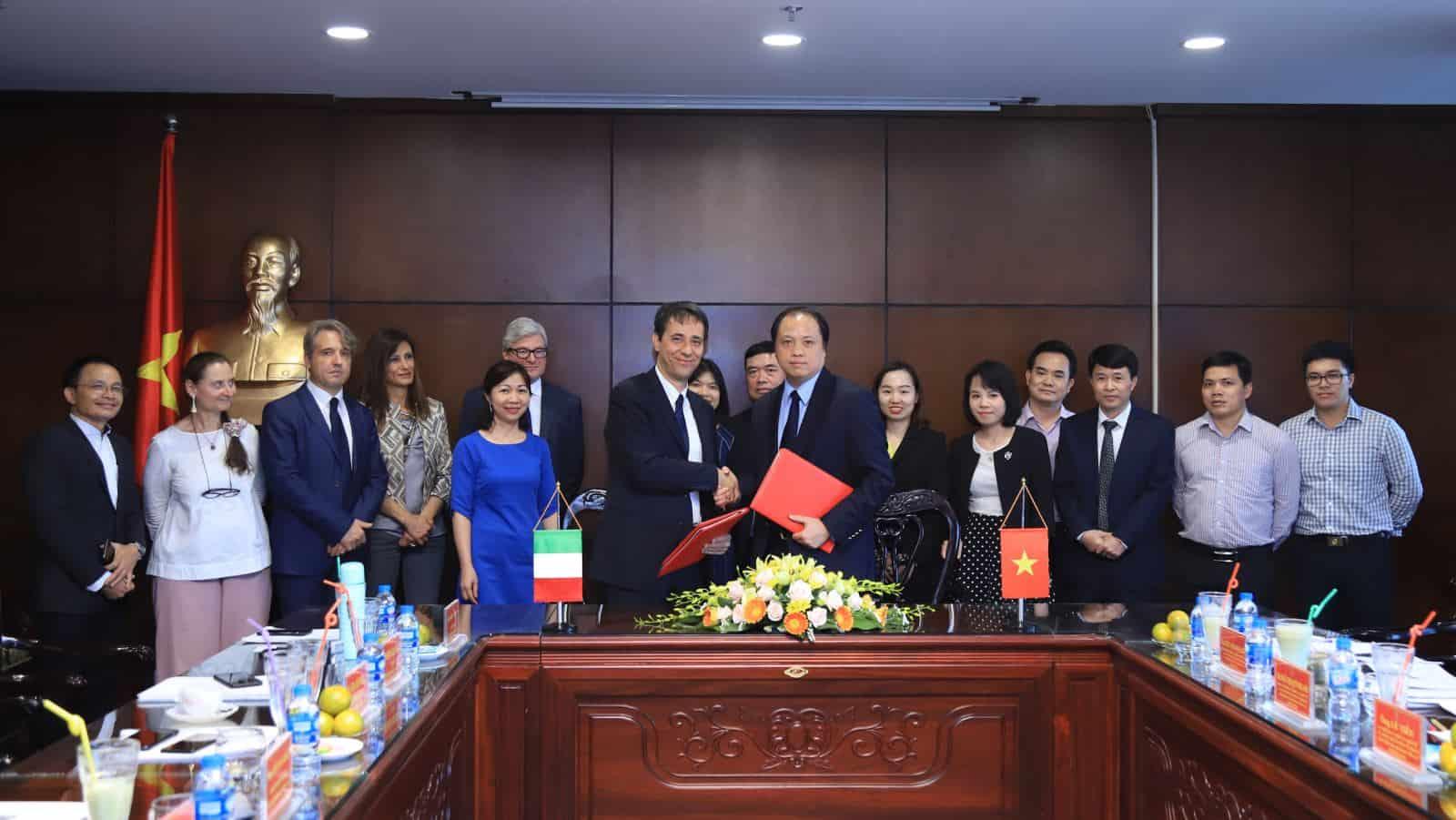 Việt Nam đàm phán hiệp định tương trợ tư pháp với italy